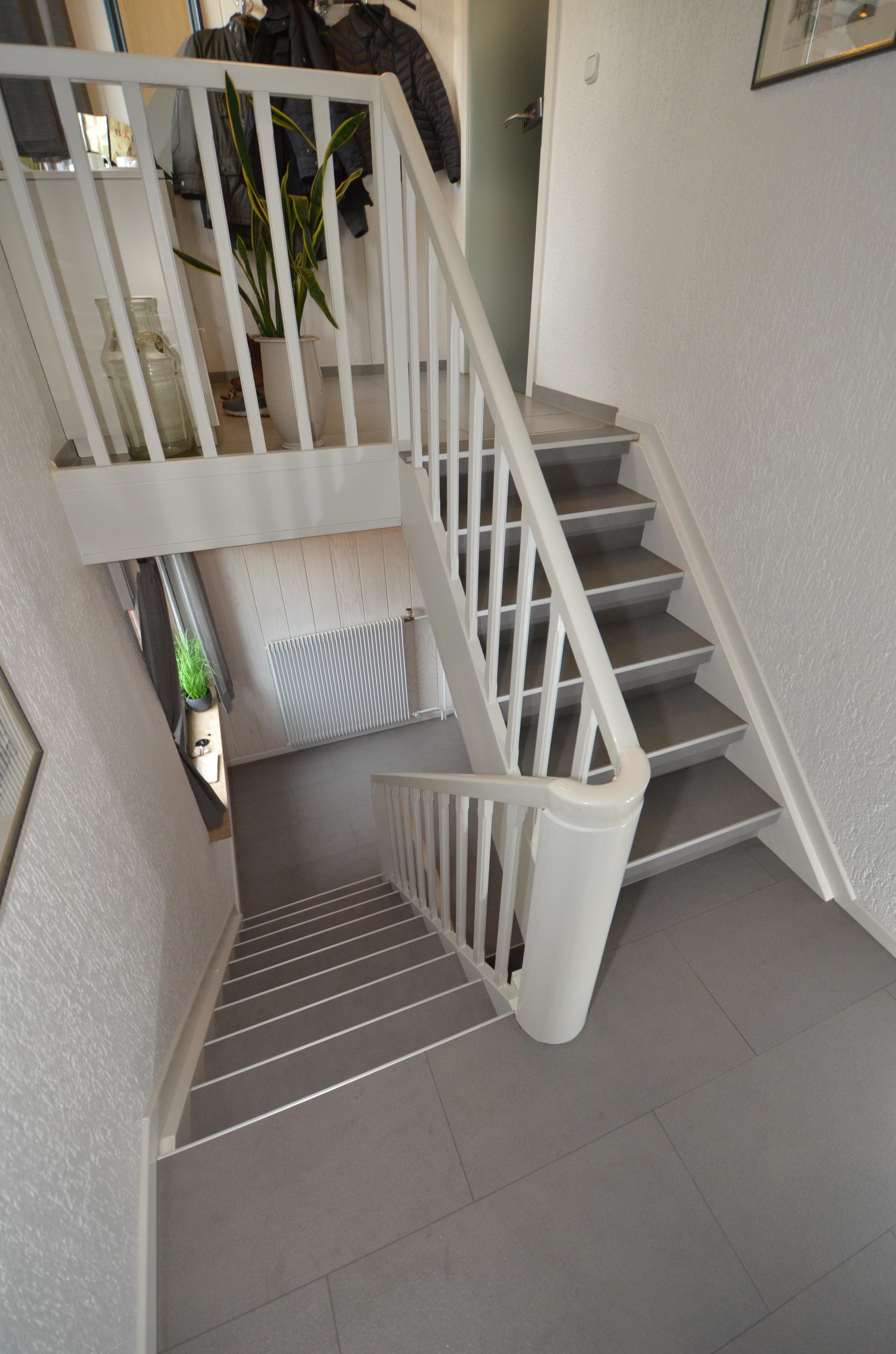 Solidline Laminat in moderner Granit Optik - JOWI Holz-Innenausbau ...