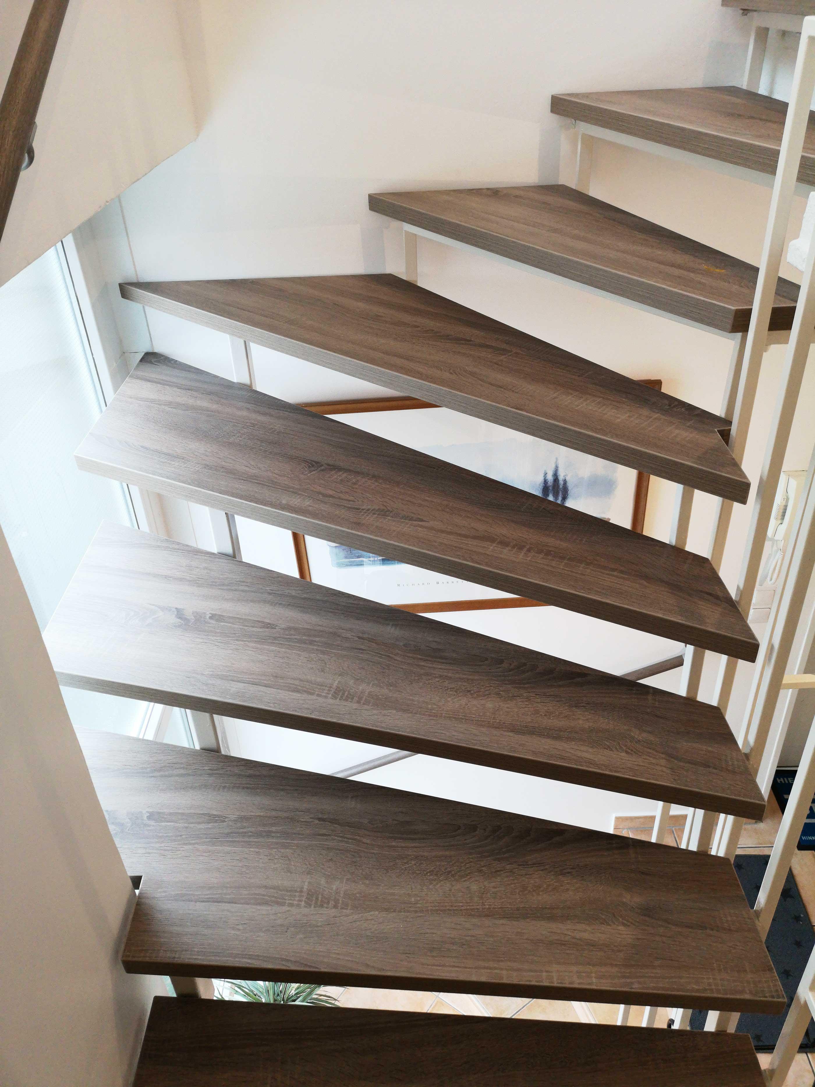 offene treppe renovieren vinyl